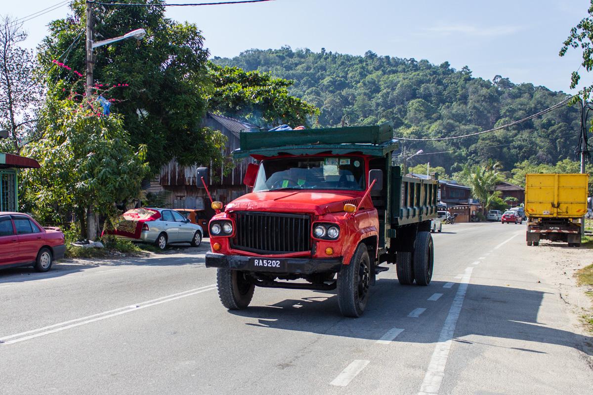 Мамонтоподобный грузовик