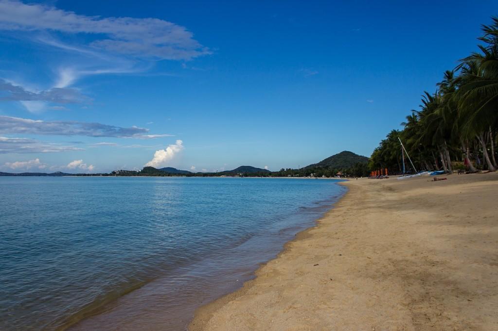 Пляжи пустые - низкий сезон