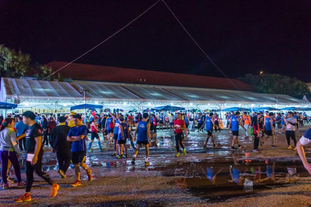 Лужи и грязь на пенангском марафоне