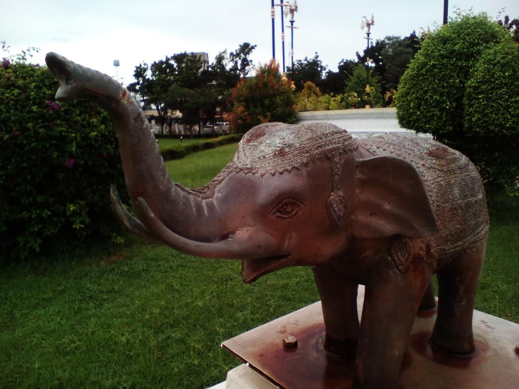 Слоник из Сурата