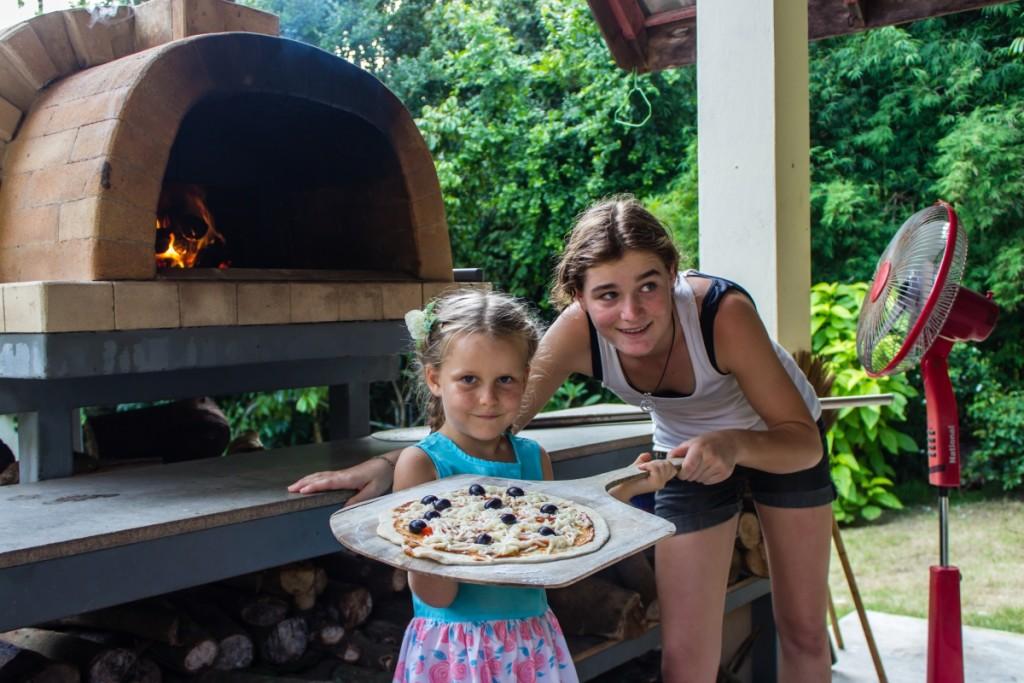 Саша и ее пицца